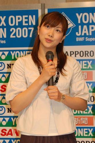 清新 田玲子/现在,战绩和相貌同样出色的潮田玲子/小椋久美子不仅在日本各大...