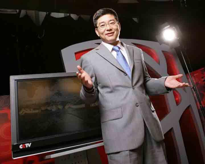 刘建宏<br>《足球之夜》主持人