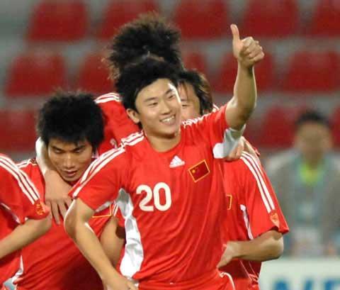 组图:中国足球属牛大将 黄金一代本命年爆发_