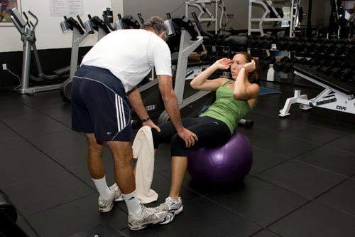 [组图]扬科维奇健身房力量训练 增强身体机能_