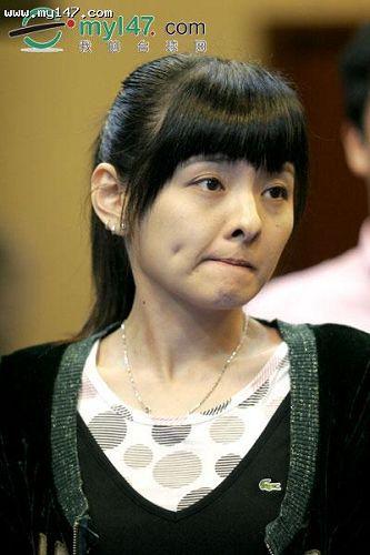 [组图]九球云集美女仪式抽签日本MM露a组图微高校图书馆表情包图片