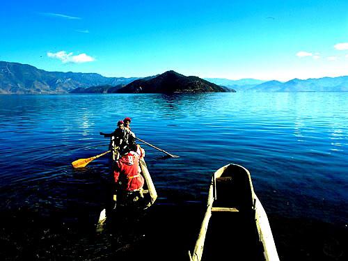 泸沽湖女儿国探险——寻找奇异的风俗民情